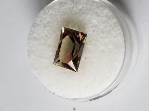 Green and Pink  (Dichroic)Flawless  Oregon Sunstone 3.45ct,  $310