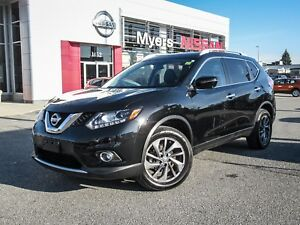 2016 Nissan Rogue SL, NAVIGATION, LEATHERS SEATS, MOONROOF, BACK