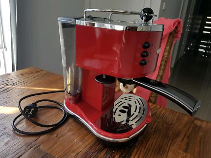 Delonghi Icona eco310 coffee espresso machine + Sunbeam Grinder