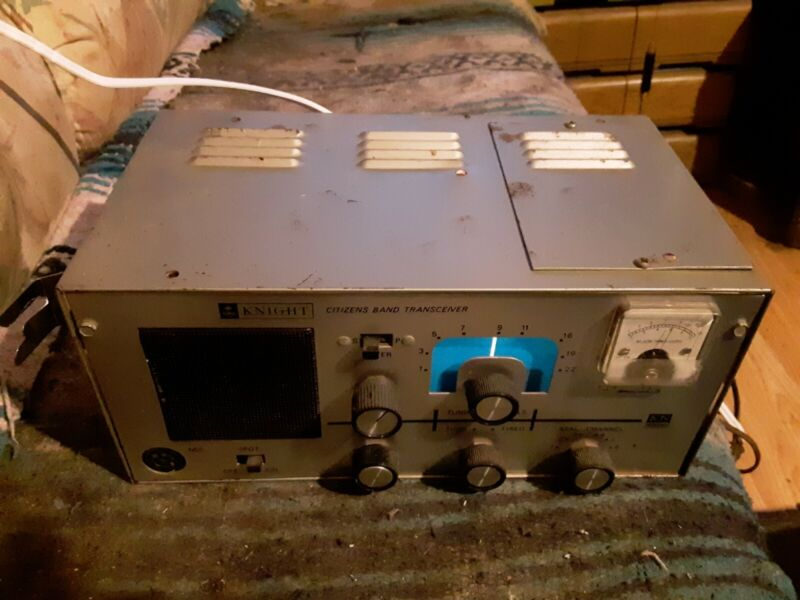 Vintage Knight CB Citizen Band Transceiver KN 2500 (No Mic)