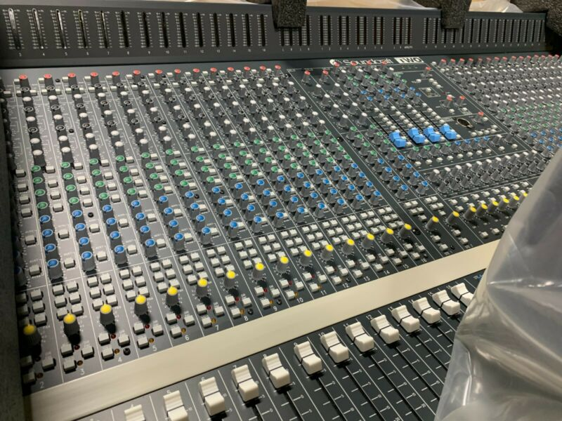 Soundcraft Series Two 32 Channel Analog Audio Console BRAND NEW STILL IN THE BOX