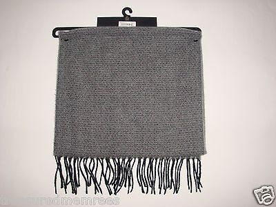 Dockers Acrylic Knit Plaid Scarf  ~ Gray ~ New With Tags MSRP $30.00