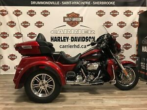 2018 Harley-Davidson FL-Tri Glide Ultra Classic FLHTCUTG