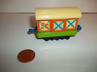 Chuggington Calley Box Tren, Die-Cast, Vista Otros & Combina, Tanque de Thomas