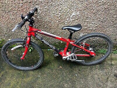 Islabike Beinn 20 small red child's bike