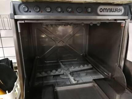 OMNI WASH Dishwasher
