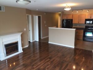 2 Bdrm Glastonbury $1499 Utils Included. 1st month free