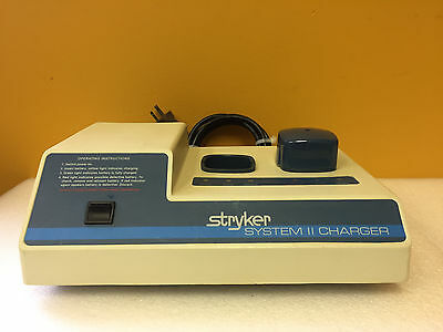 Stryker System Ii 298-102 120 V 5060 Hz 1.1 1.2 A 2 Bay Battery Charger