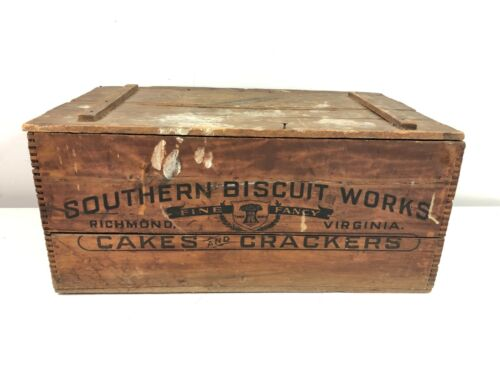 Antique Southern Biscuit Works Cakes&Crackers Richmond VA Wooden Crate Box w/Lid