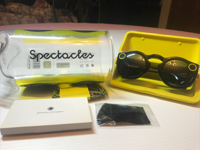 Snap Inc. Snapchat Spectacles Glasses - Onyx Eclipse 2016 *Very Good*