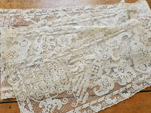 Antique Vtg Hand Knot Filet Lace Table Runner Italian 8 feet long banquet 10x100