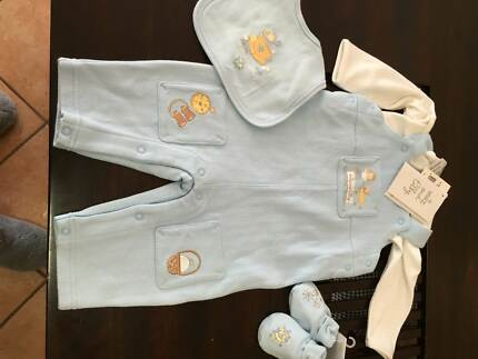 NEW baby clothes Max and Tilly outfit size 00