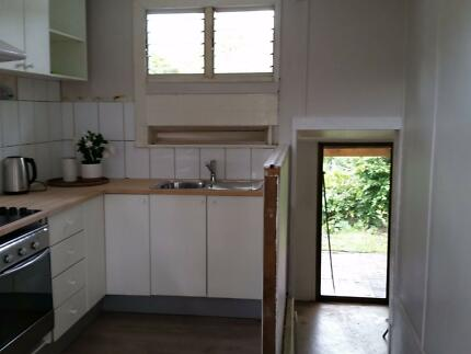 Newly Renovated 2 BEDROOM Cottage in YANDINA Hinterland