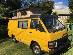 TOYOTA HIACE CAMPERVAN AUTOMATIC LOW KLM's