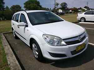 2007 Holden Astra Auto 138k kms - All electric options Wollongong Wollongong Area Preview