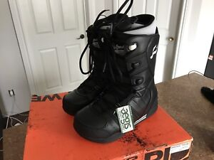 Bottes Snowboard Orion Black 10,5 Brand NEW!
