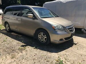2006 HONDA ODYSSEY Leather Fully loaded $2100