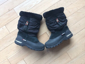 Baffin Winter Boots - size 2