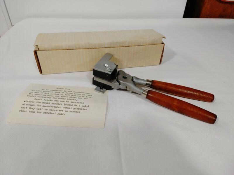 Vintage Single Cavity 58 Caliber Bullet Mold
