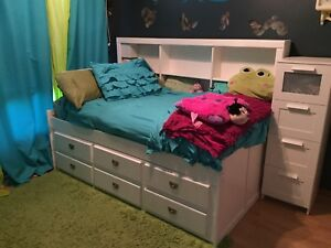 Twin storage trundle bed