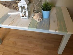Gorgeous Beach Inspired Coffee Table