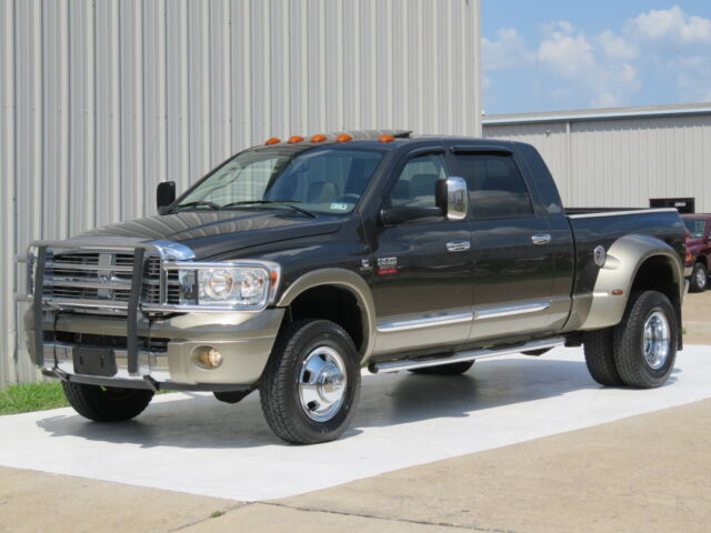08 RAM 3500 LARAMIE RESISTOL MEGA-CAB 4X4 NAV ROOF ENTERTAINMENT 1-OWNER