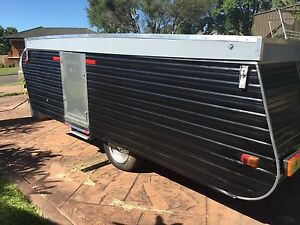 Folding, wind up camper caravan Rutherford Maitland Area Preview