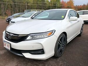2016 Honda Accord Touring - HEATED SEATS! LEATHER INT! NAV!
