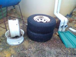 "15"" steel rims and Roadstone tyre 235/75R15 Mundijong Serpentine Area Preview"
