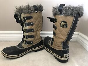 SOREL tall winter boots, ladies size 8