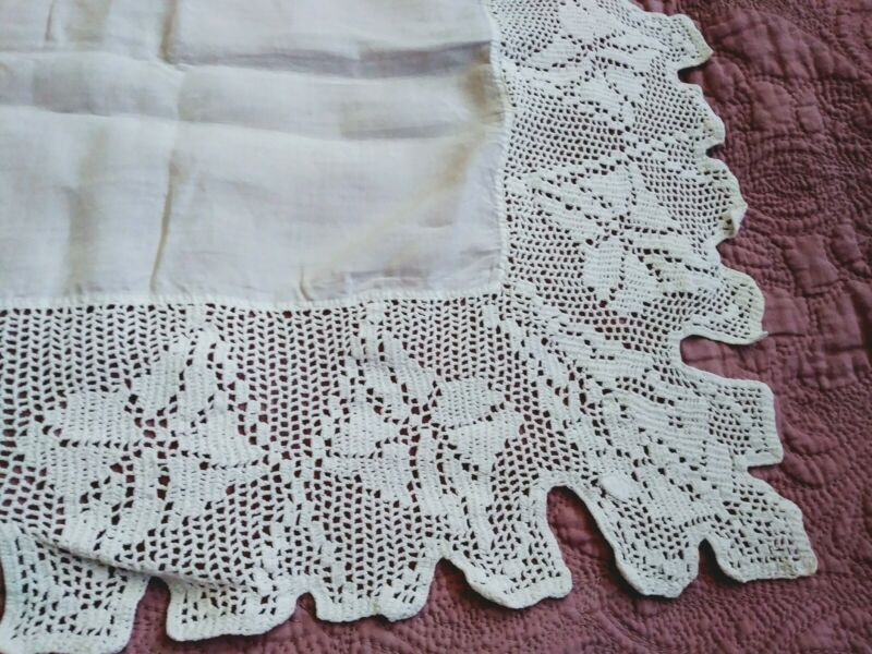 As Is Irish Linen Crochet Lace 40 Inch Tablecloth