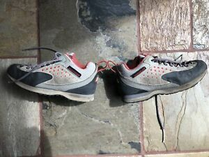 Montrail women's approach shoes size 7 good condition
