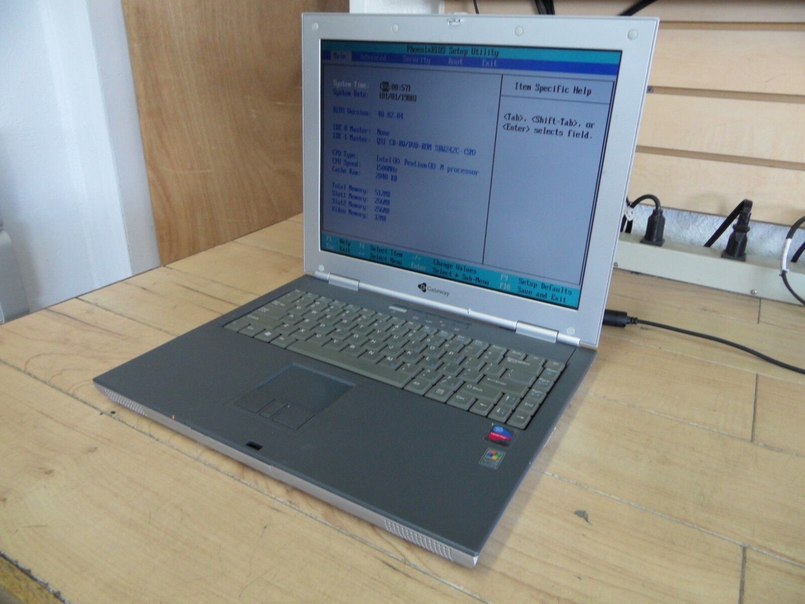 Gateway 450ROG Laptop For Parts Posted Bios No Hard Drive