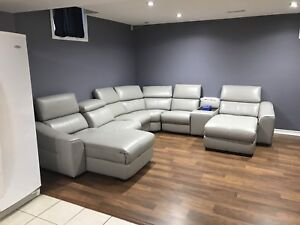BRAND NEW MODERN LEATHER SECTIONAL