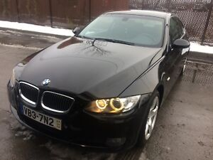 Bmw 328xi ( black on black )