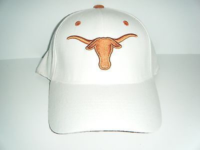 Texas Longhorns NWT White Stretch Fitted Size 6 5/8 - 7 1/8 Hat  Authentic -