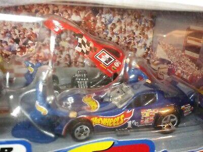 1997 Hot Wheels Funny Car Racing Team Set Red Firebird Hurst Shifter Only Loose