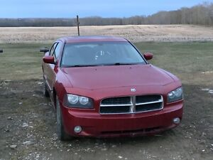 2006 Dodge Charger R/T w/ winters on rims