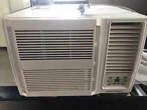 Kelvinator KWH20HRE 2.2kW Window Box Reverse Cycle Air Conditioner Mile End West Torrens Area Preview