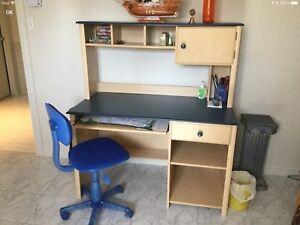Secrétaire avec rangement (IKEA) et chaise - PRIX RÉDUIT !