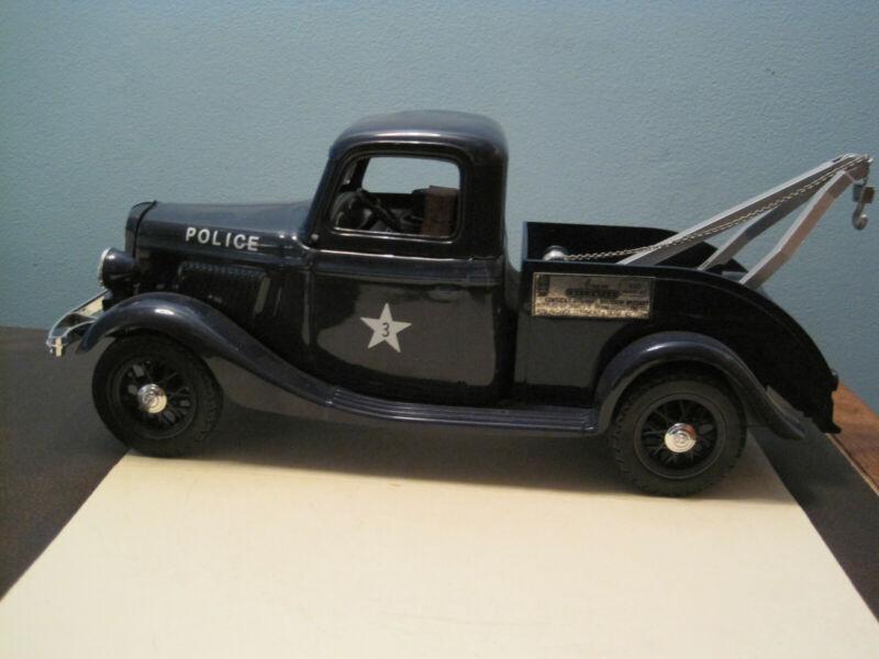 Jim Beam Car / Police Tow Truck / Empty
