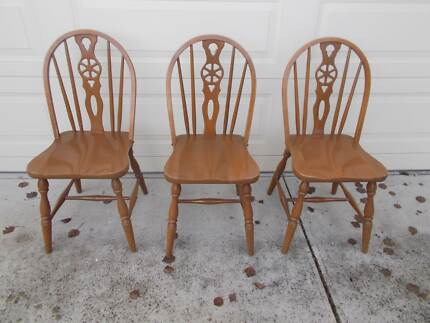 Vintage Timber Spindle Back Melchair Dining Kitchen Chairs