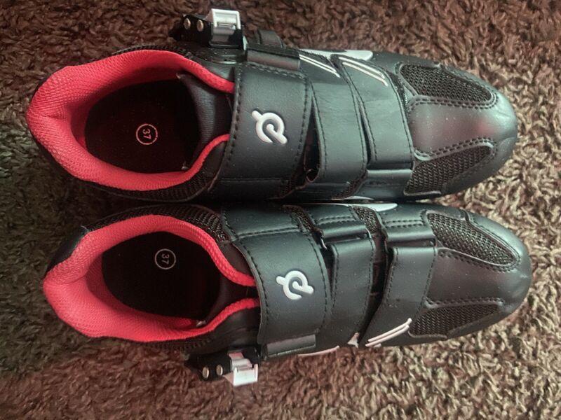 peloton shoes 48 in pretty good condition!