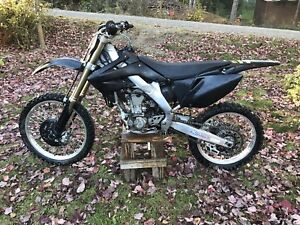 2004 Crf250r. Looking to trade!