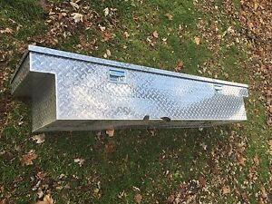 Fullsize truck tool box Stratford Kitchener Area image 2