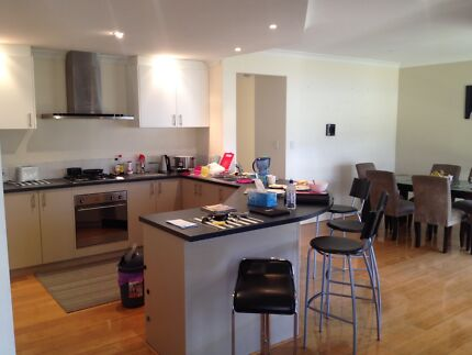 CLEAN;QUITE; STUDENT ACCOMMODATION AT CANNINGVALE Canning Vale Canning Area Preview