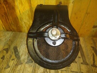 Antique Vintage Briggs Stratton Model B Crank Start Engine Shroud Cover Gear