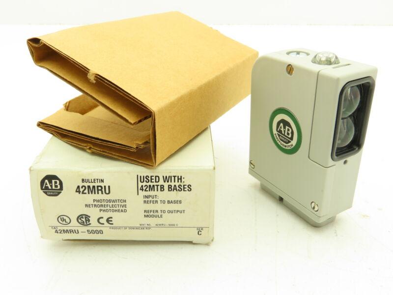 Allen Bradley 42MRU-5000 Retroreflective Photohead Photo Switch Ser C