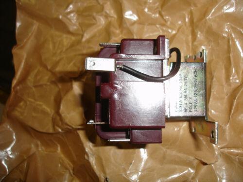 York 024-11784 Control Relay 120 VAC 3 PDT