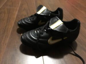 Kids Soccer Cleats And Women's Soccer Cleats